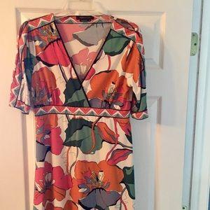 BCBGMAXAZRIA, Short, tropical print dress, size M.